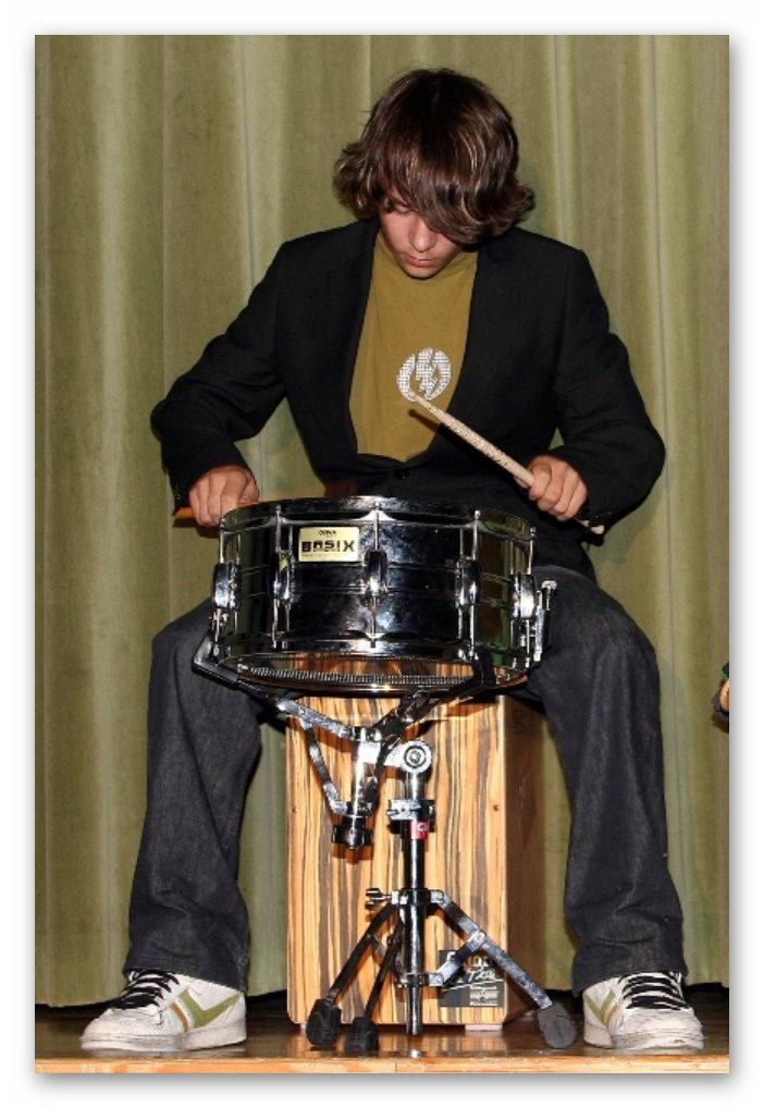 Meister auf dem Schlagzeug