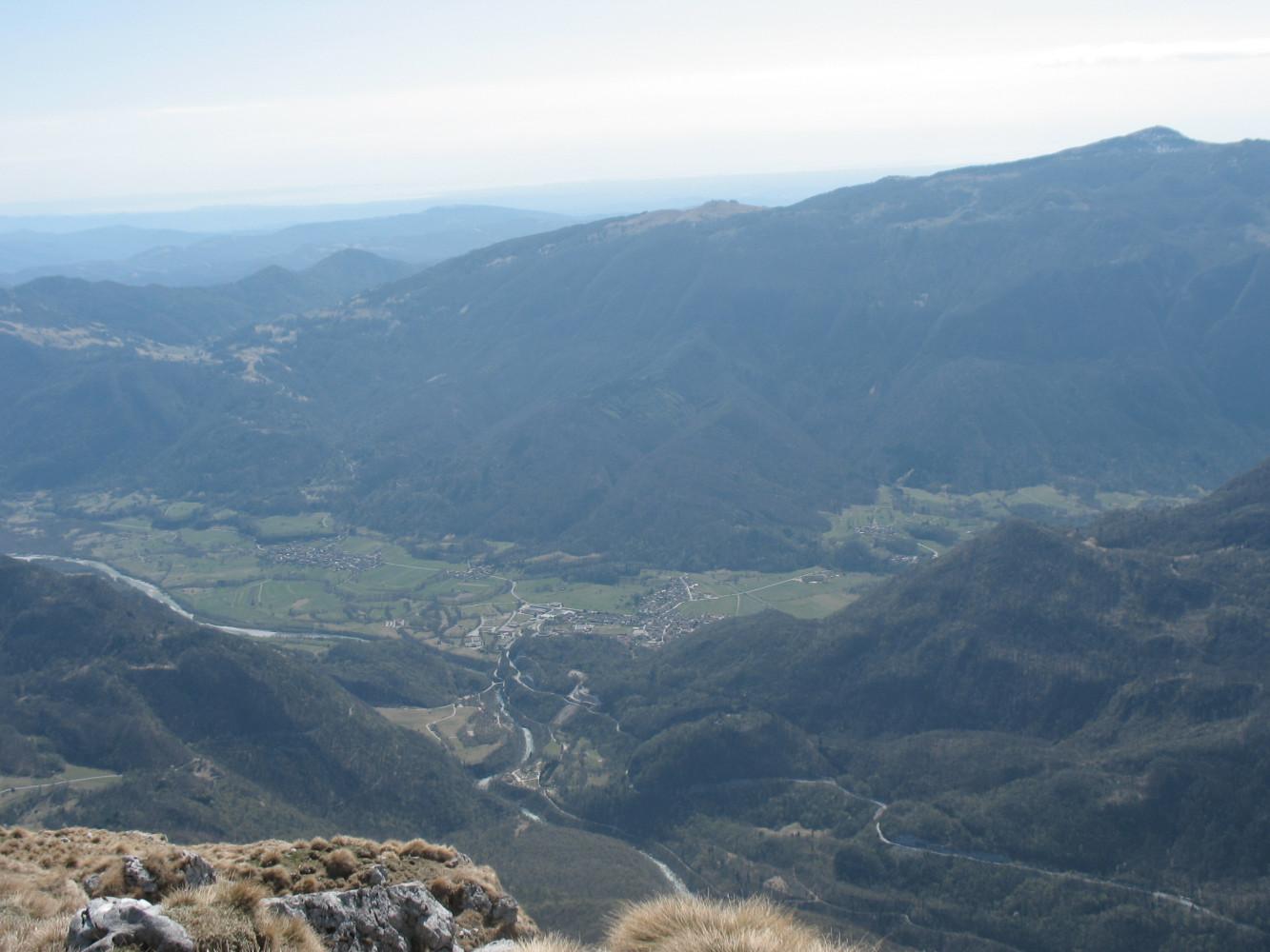 Pogled na Bovec s Krasjega vrha