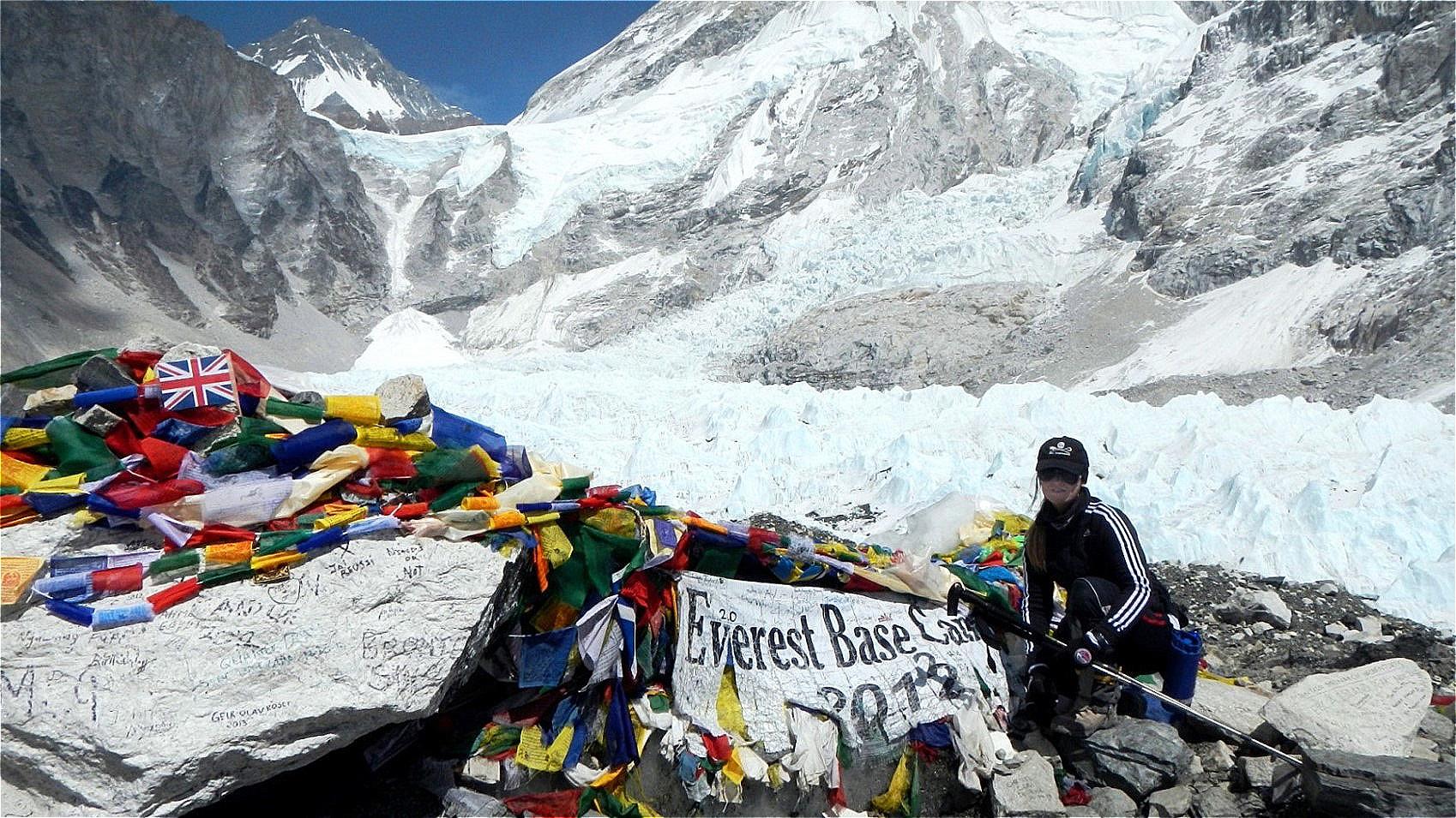 Everest South Base Camp -  5.364 m Nepal - April 2013