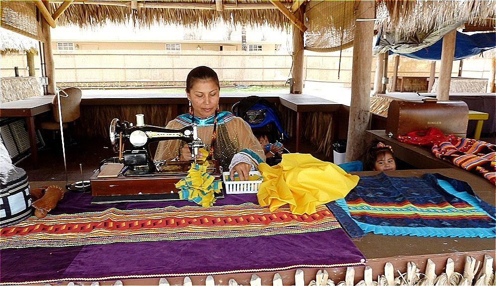 Modernes traditionelles indianisches Handwerk