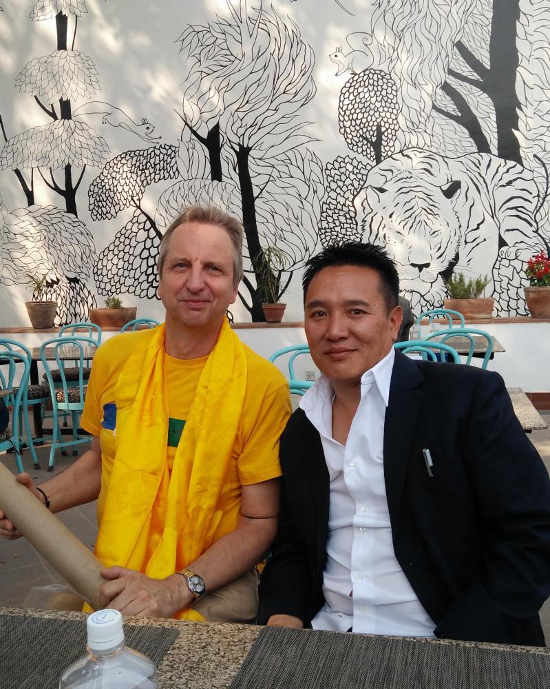 """Mars 2017 avec Tsering, président de l'association népalaise """"SOS villages of Népal"""""""