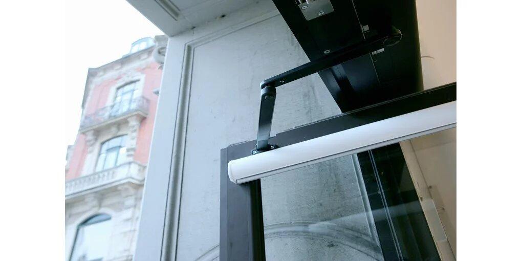 nihajna vrata z odlično energetsko učinkovitostjo