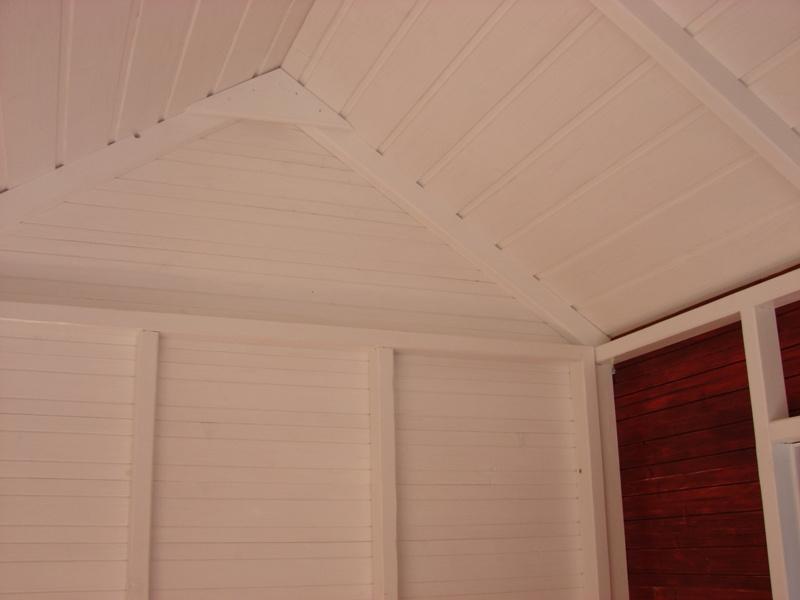 Interiorul fără plafon