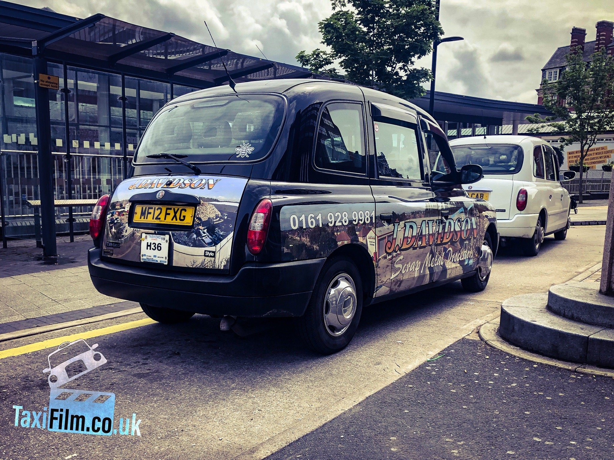https://0501.nccdn.net/4_2/000/000/008/486/black-adverts-tx4-prop-tx4-taxi-hire-2048x1536.jpg
