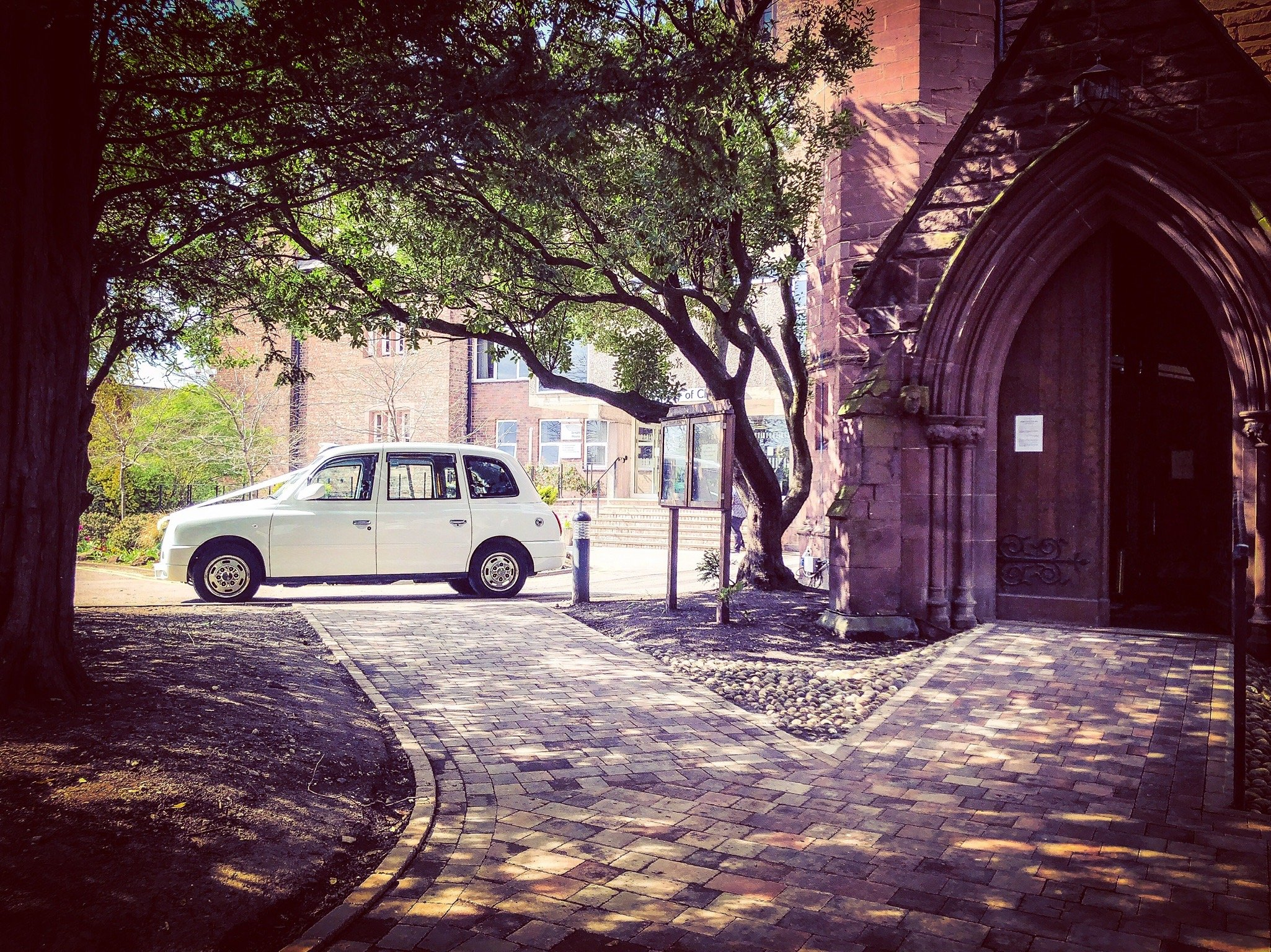 Chester wedding cabs taxis cars