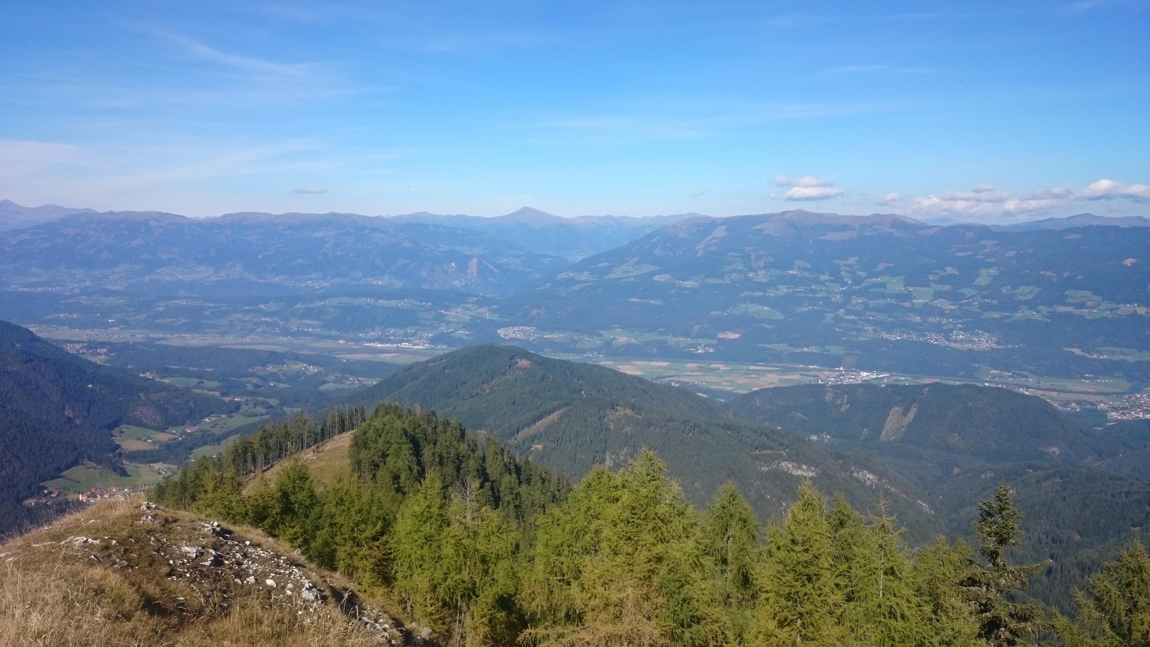 Panorama vom Berggipfel