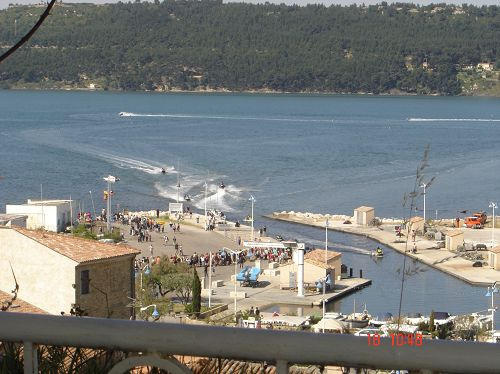 de la terrasse vue sur le port de pêche