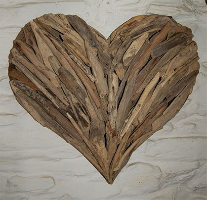 Wooden Heart Décor