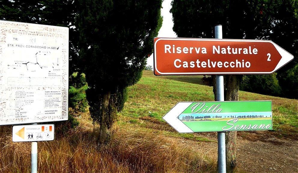 Unser erstes Ziel ist Castelvecchio - eine Ruinenstadt aus dem Mittelalter