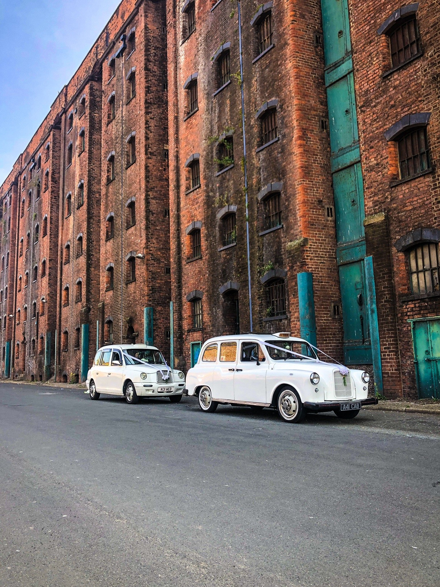 Liverpool Wedding Taxis cabs cars