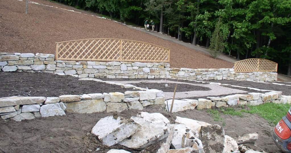 Trockenmauersteine und Wurfsteine m.g.Kante
