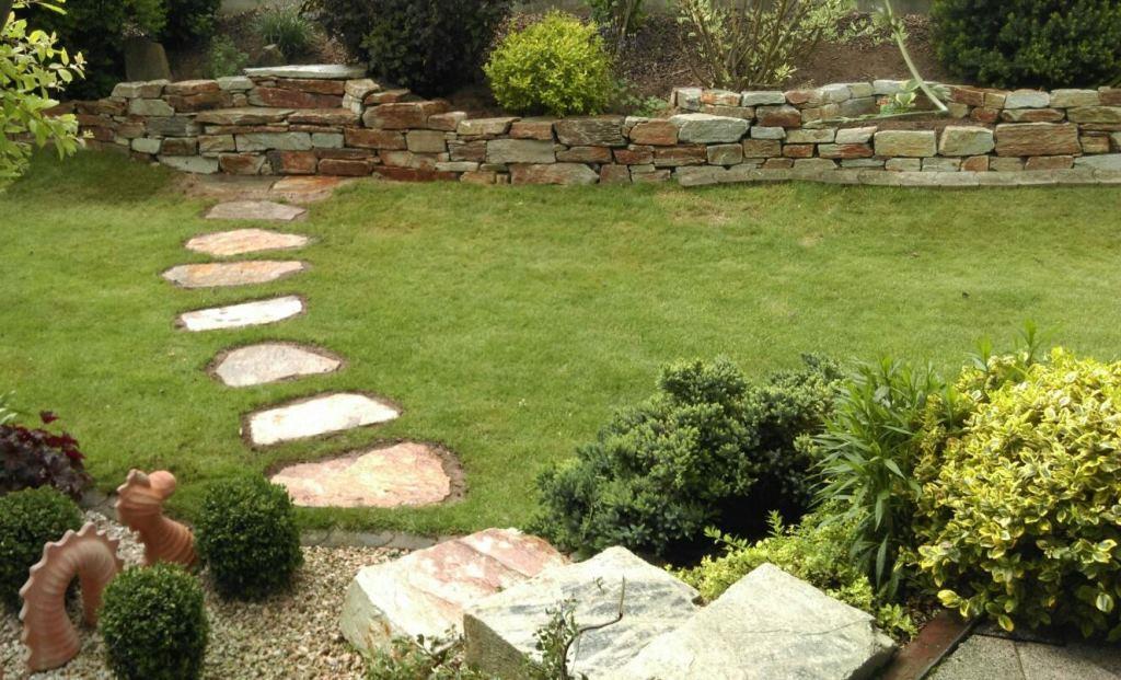 Trockenmauersteine, Trittplatten, Stufensteine