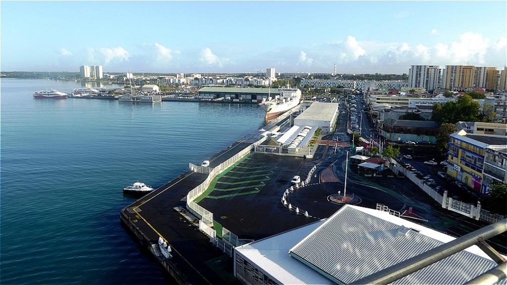 Wir verlassen Guadeloupe und nehmen Kurs auf Antigua