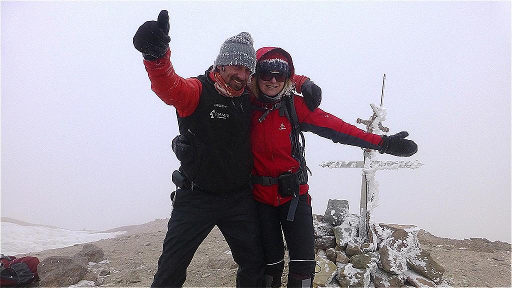 Auf dem Gipfel mit Guide Markus