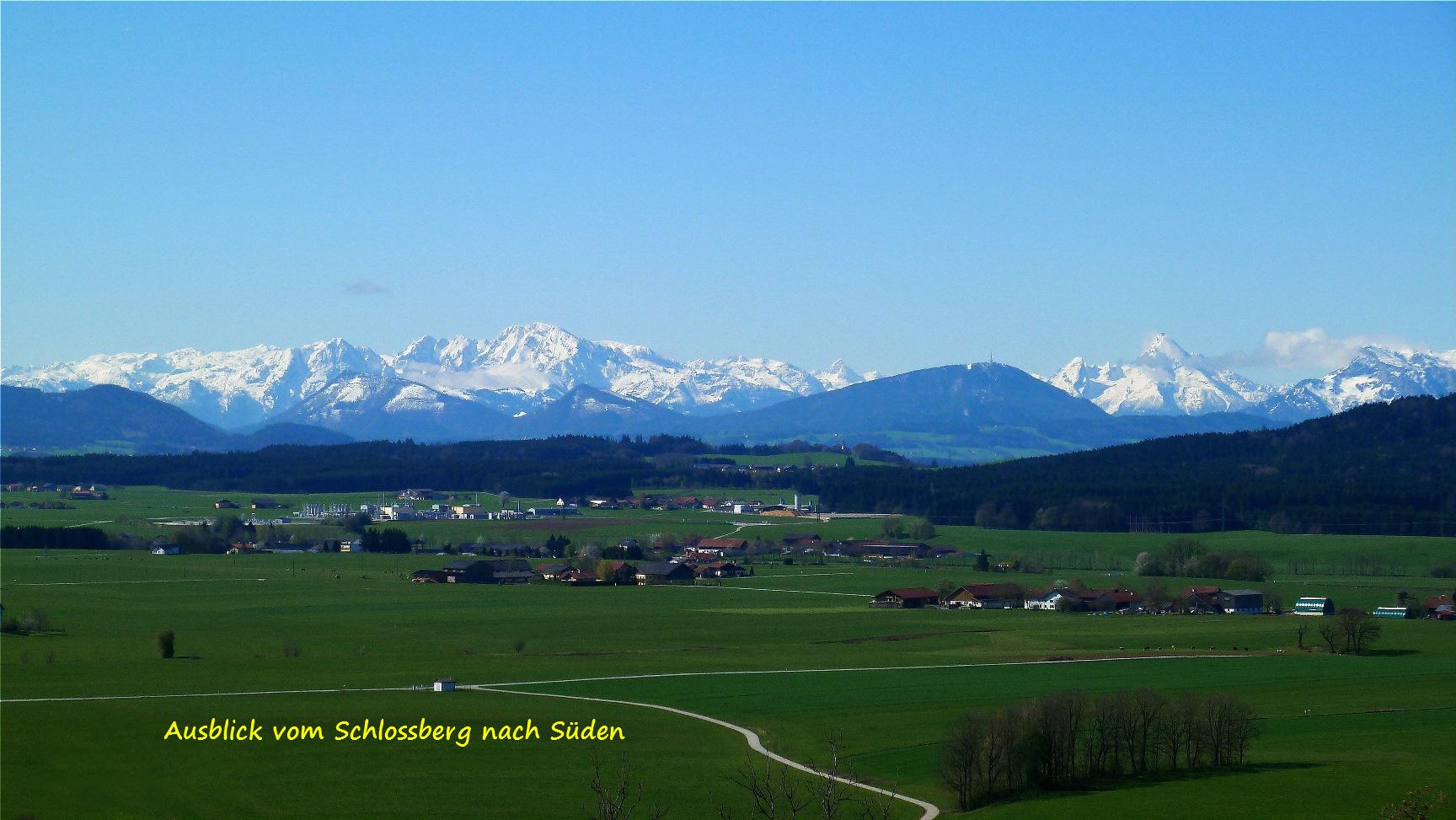 https://0501.nccdn.net/4_2/000/000/00f/745/Schlossberg-Blick-ins-Gebirge_Kopie-1728x973.jpg