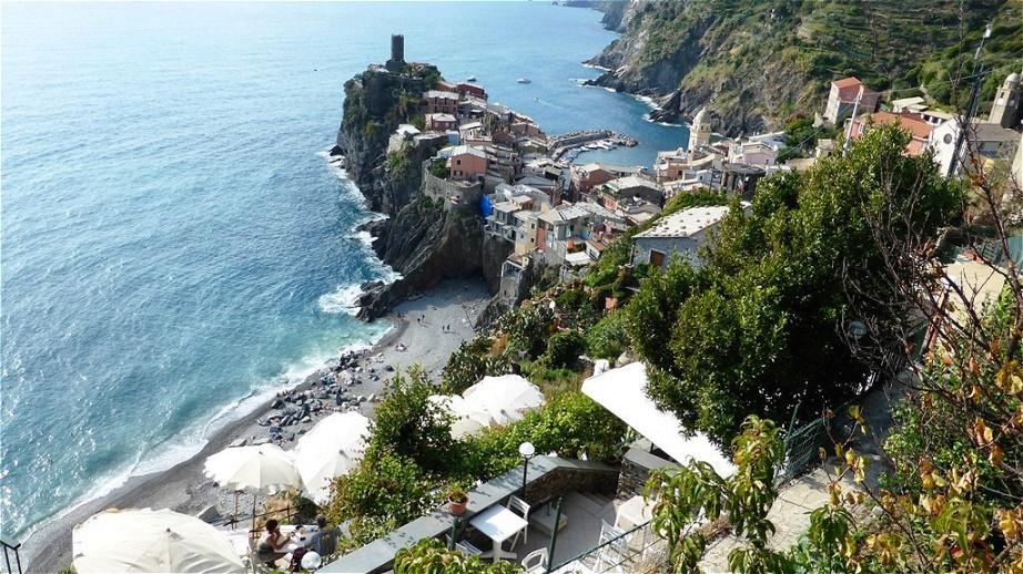 Vernazza ist erreicht ! Es ist das zweitnördlichste der fünf Dörfer der Cinque Terre