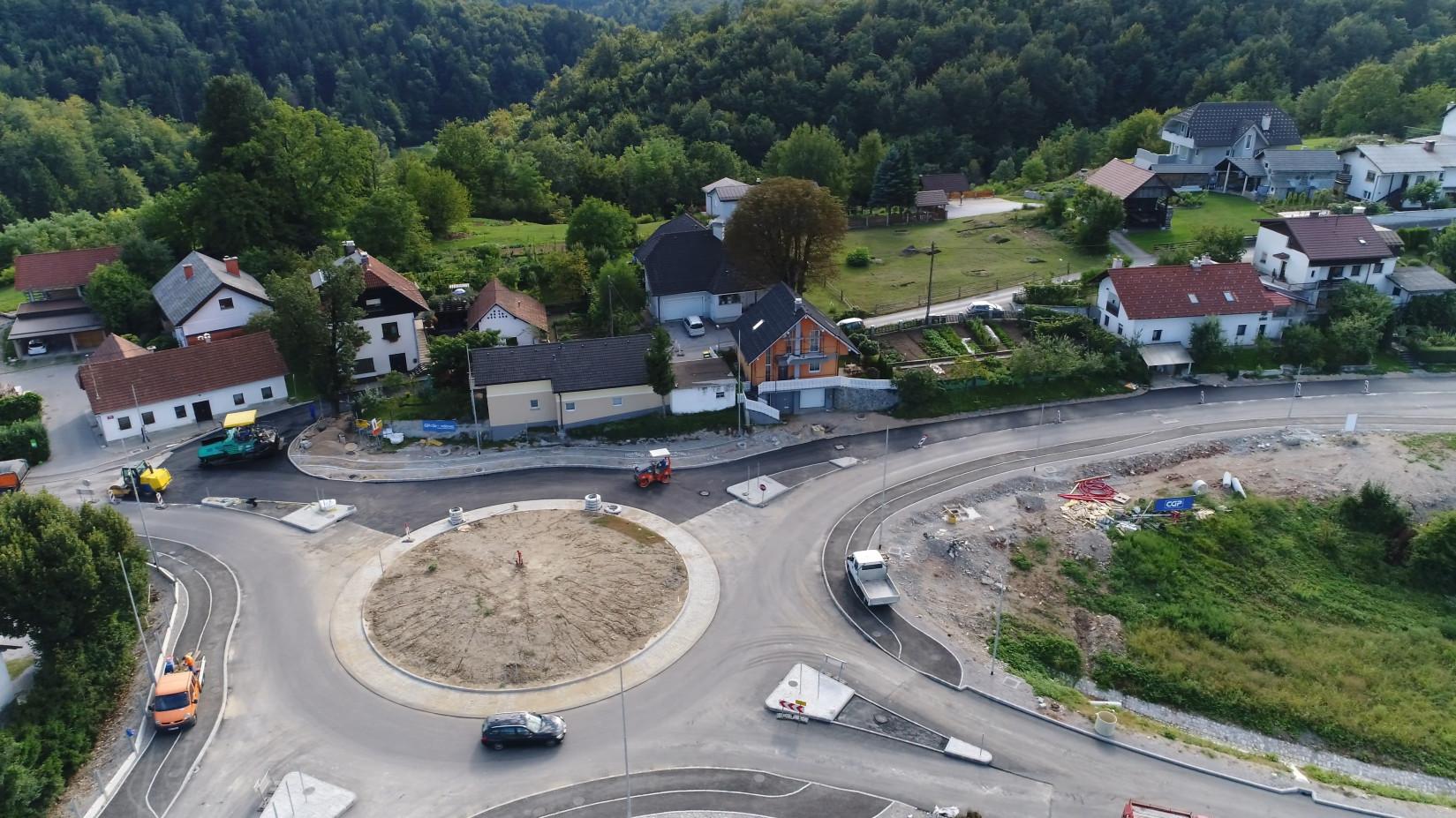 Krožišče na Razdrtem Foto: Brane Petrovič
