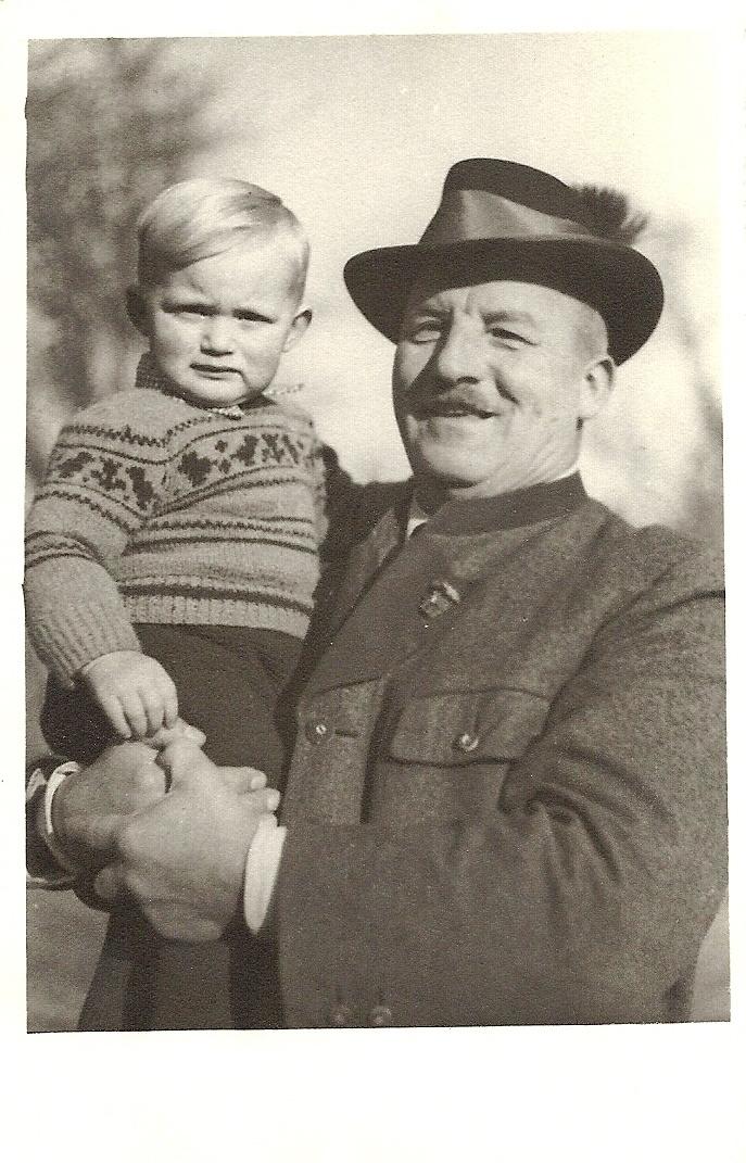 Stolzer Großvater - 1951