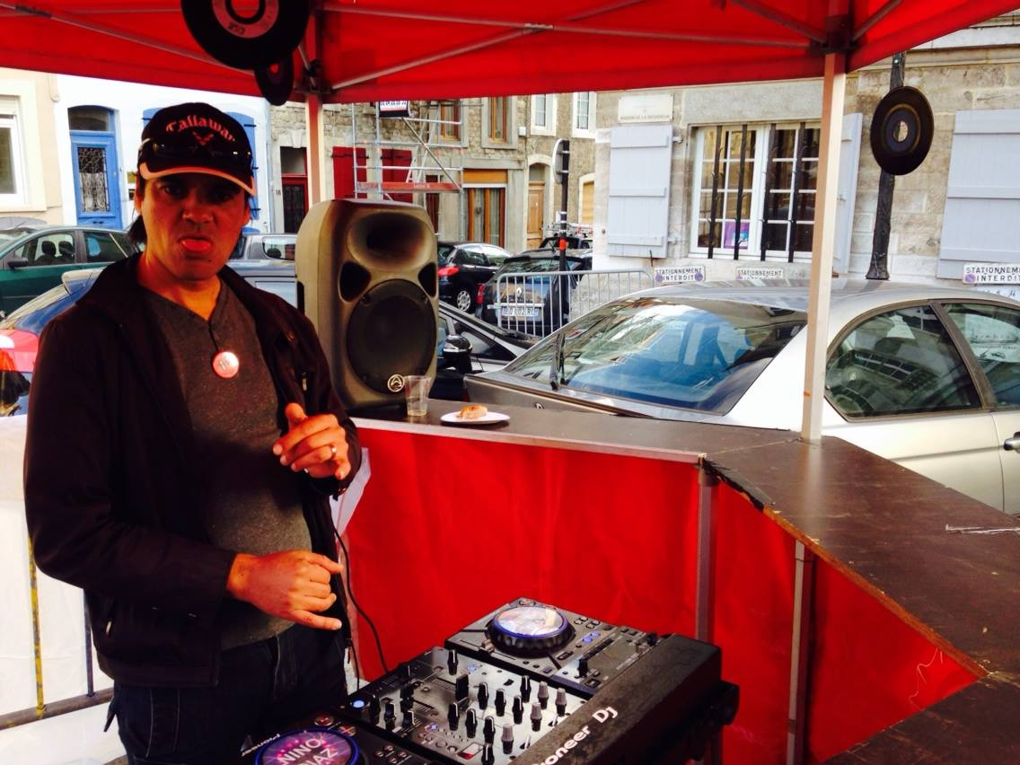DJ Nino Diaz from our Beach Party Productions in France