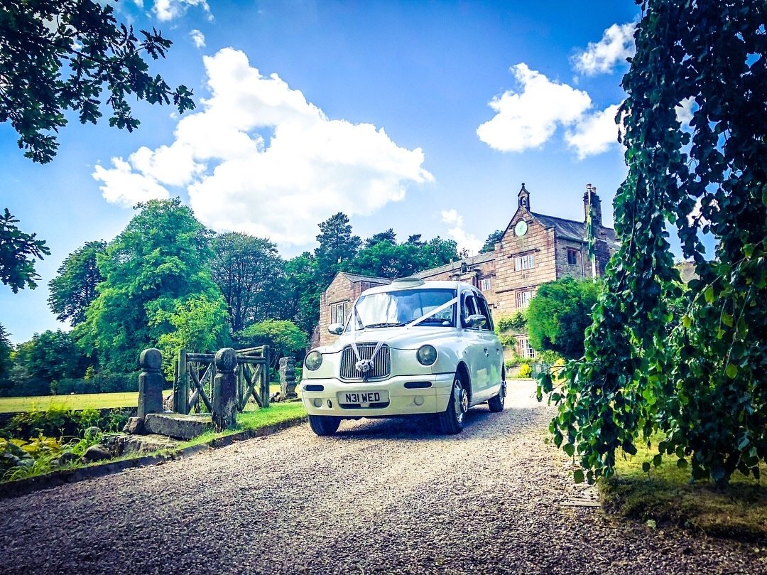 clitheroe wedding taxi