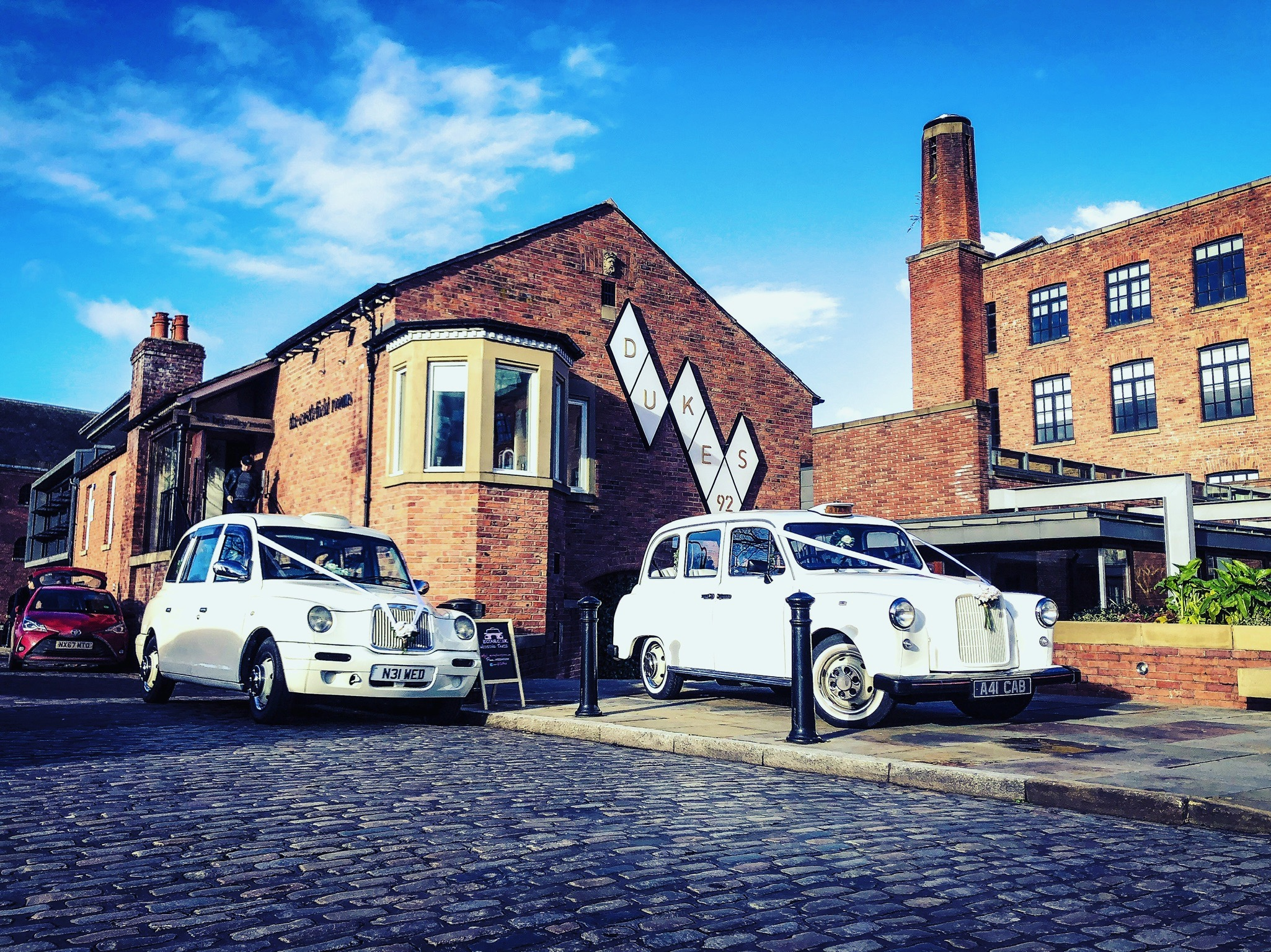 Castlefield rooms wedding car taxi