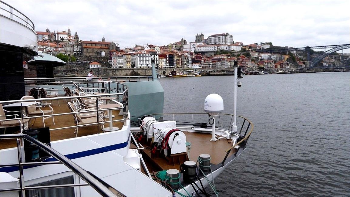 Am Nordufer liegt Porto