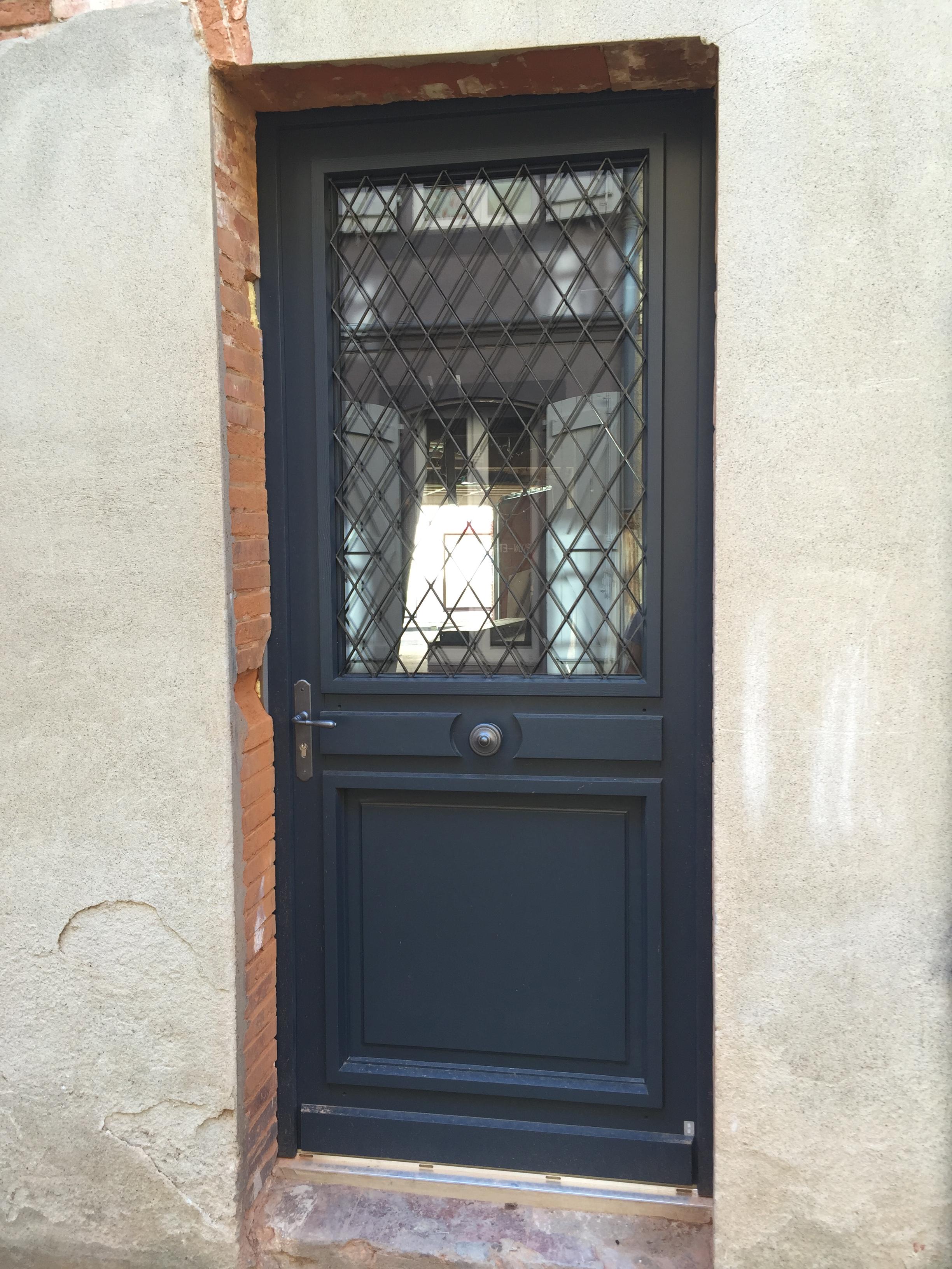 Porte D Entrée En Bois Massif Prix fenêtres & tendances | porte d'entrée alu bois pvc à toulouse