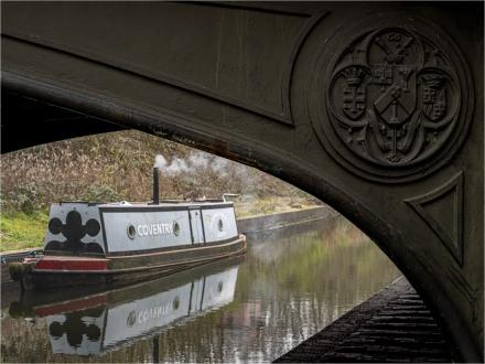 The Barge under the Bridge (Trevor Swann)