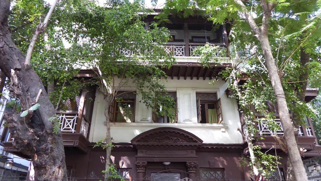 """Gandhi-Museum Mani Bhavan Schön erhaltenes historisches Haus in einem hübschen Viertel von Mumbai. Alles Wissenswerte über die """"Seele Indiens"""", der hier einige Zeit verbrachte, ist sehr gut dokumentiert und aufbereitet."""