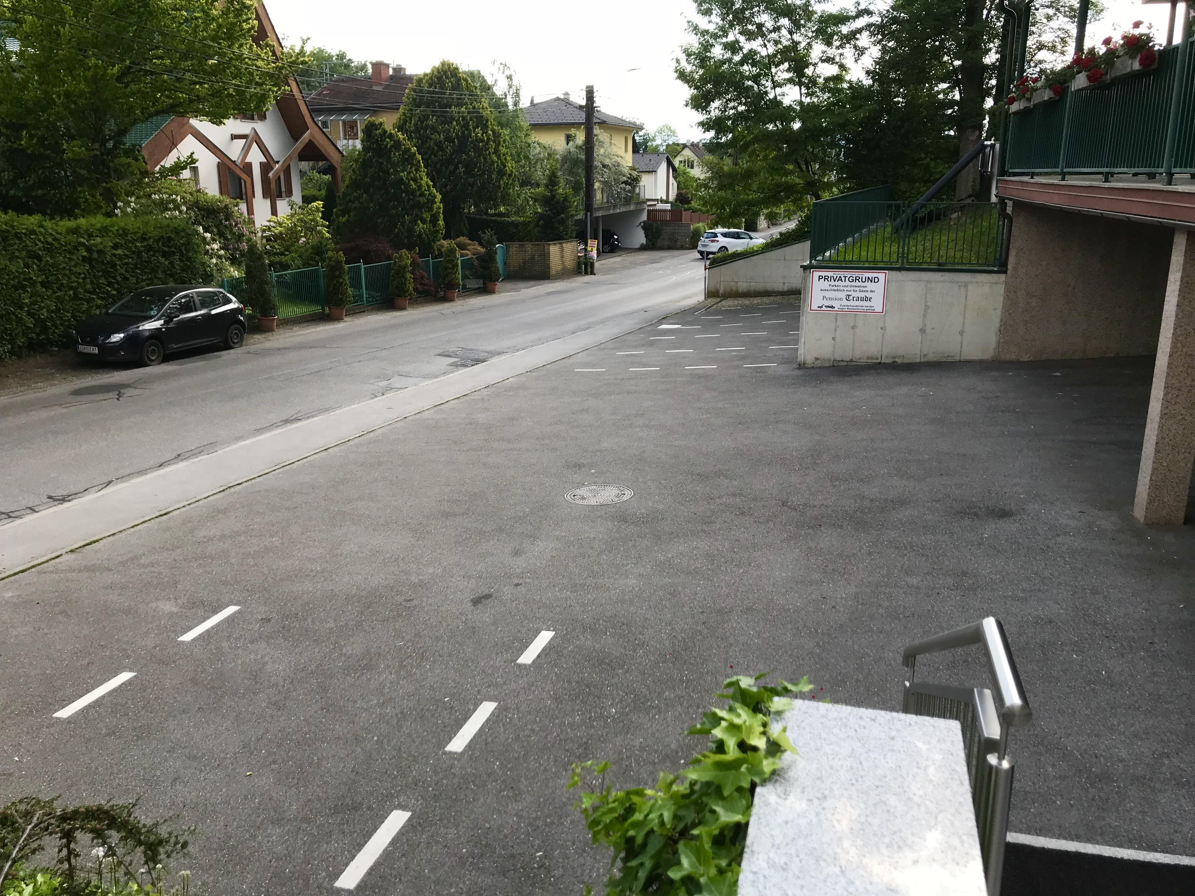 Kostenfreier Gästeparkplatz