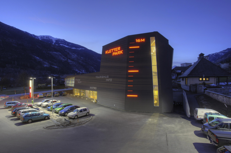 https://0501.nccdn.net/4_2/000/000/01e/20c/LAGGNER-SUNTINGER---122---kletterhalle-m--hldorf-5233x3473.jpg