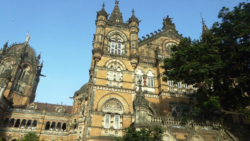 1888 im Viktorianischen Neogotischen Baustiel fertiggestellt