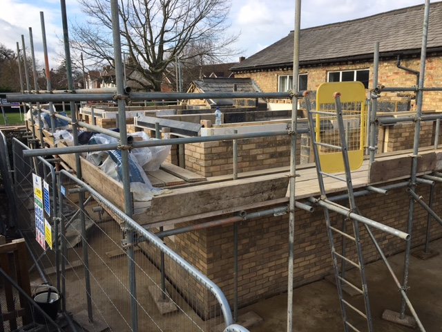 End of Week 5 The lintels are in place, we're nearly ready to raise the roof! 20.03.21