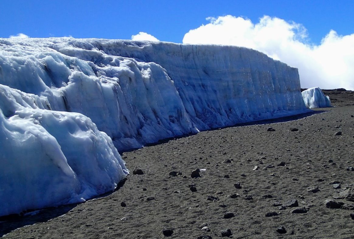 Weiter aufwärts entlang des Furtwängler Gletschers