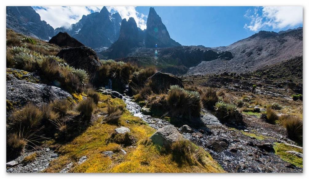 Mt. Kenya Massiv - schroffe Vulkangipfel