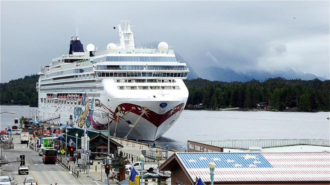 Unser Schiff im Hafen