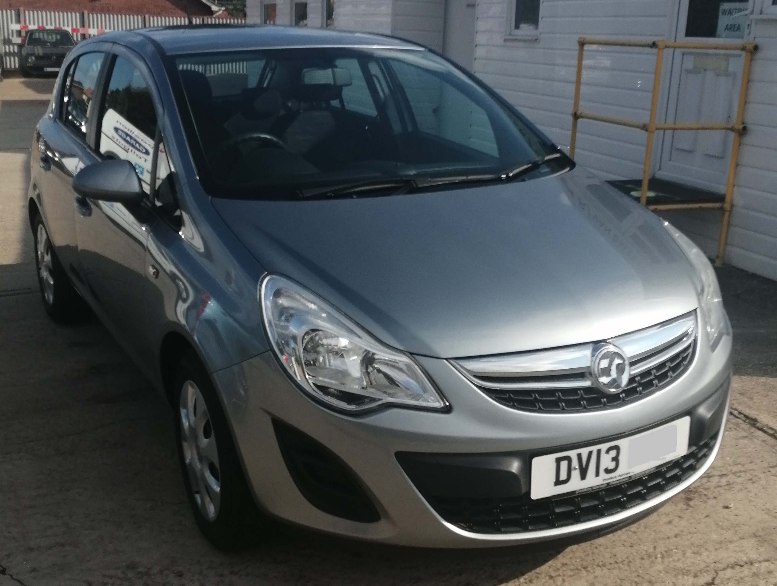Vauxhall Corsa Exclusive 1229cc - Petrol 2013 / 13 *** ONLY 20210 Miles *** Service History Spare Key £130 per year Road Tax £4695  E10 Fuel Compliant