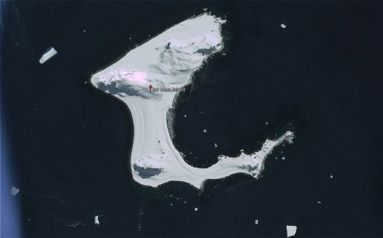Half Moon - halbmondförmige Insel