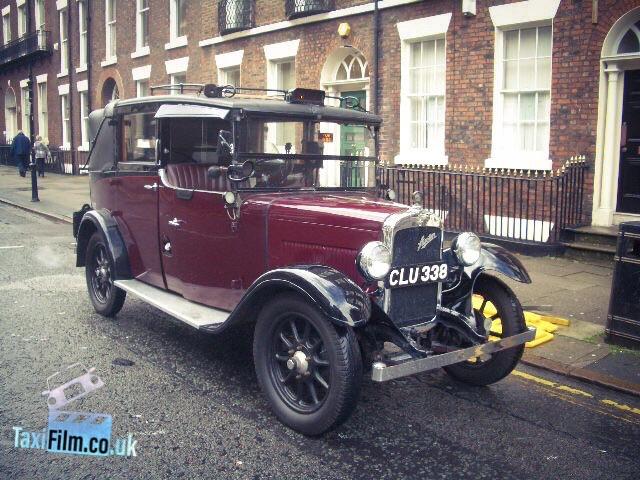 Marron Austin Taxi 1935,  Bolton ref B0302