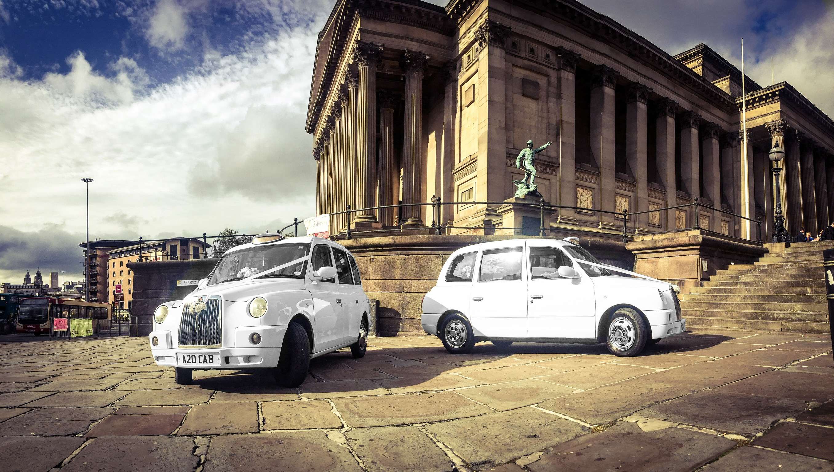 liverpool wedding taxis, st georges hall, lyme street station taxi