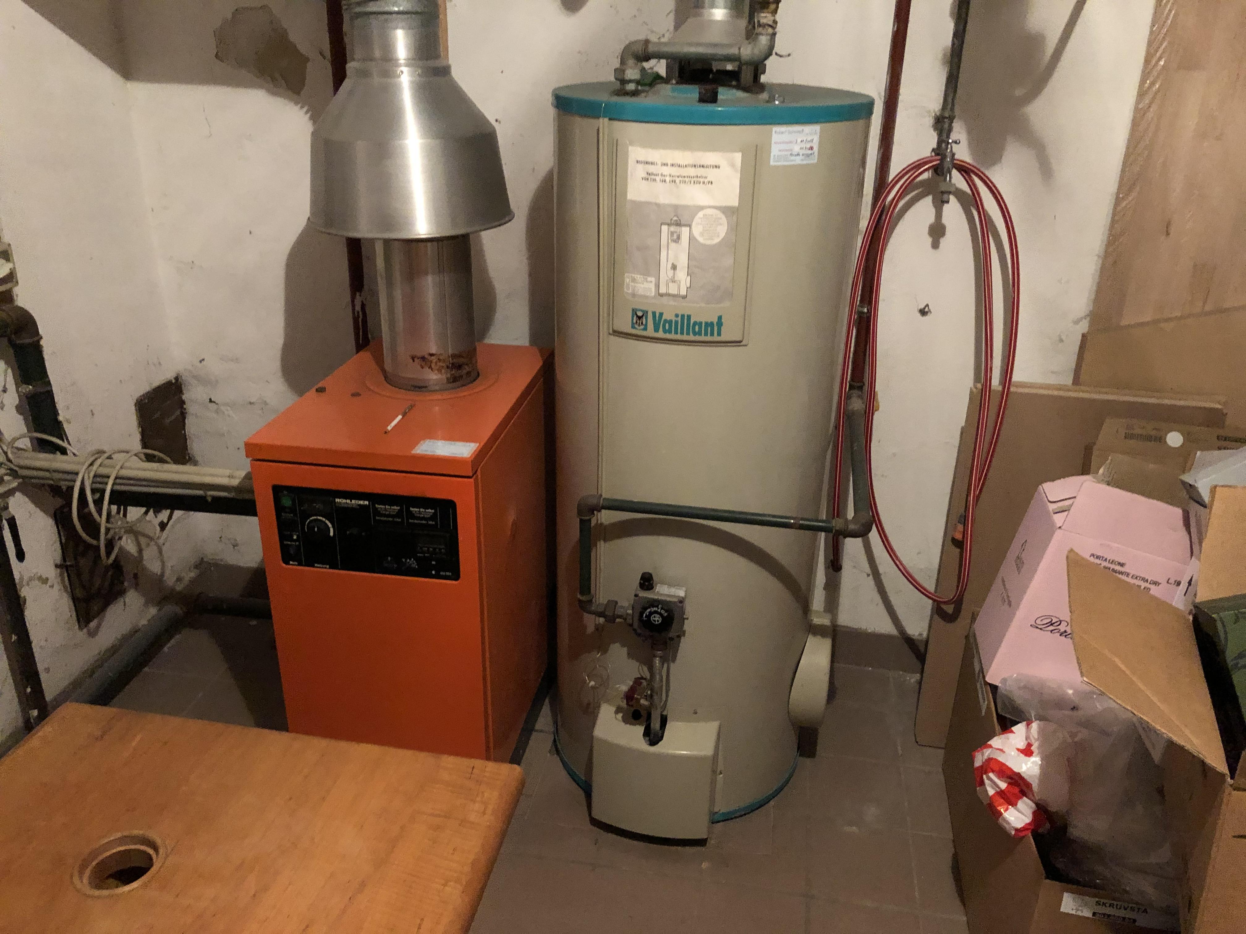 Heizungsoptimierung, Fernwärme und Brauchwasser-Wärmepumpe