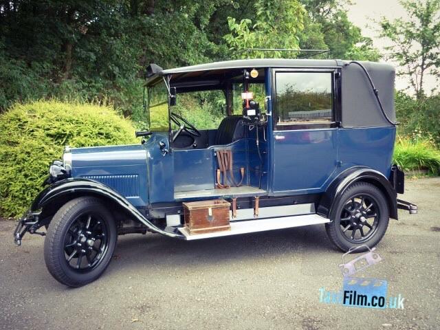 Mid Blue Austin Highlot Taxi 1930, Bolton ref B0305
