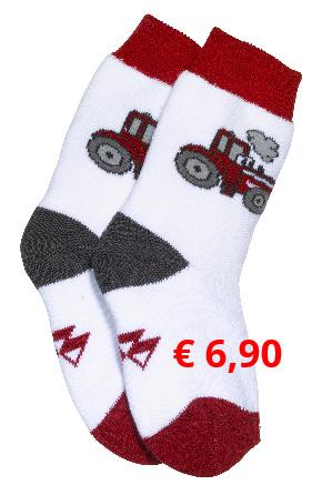 Süße Babysöckchen mit MF-Logo  und Traktormotiv. Material:  75% Baumwolle, 23% Polyamid,  2% Elastan.  Artikelnummer: X993310012 € 6,90  Größen: 15,19,21,23