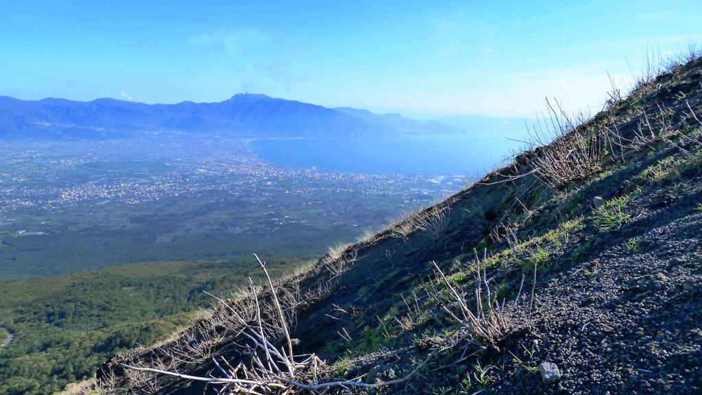 Im Aufstieg - der südliche Teil des Golfs von Neapel
