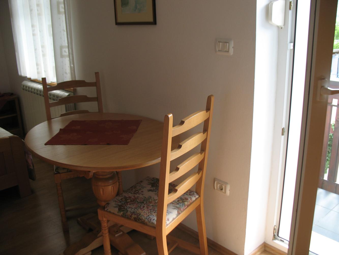 Apartma 5