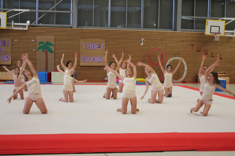 Groupe Niveaux 6 5 3 et 2 filles