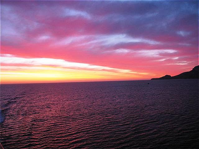 Sonnenaufgang kurz vor dem Hafen von Olbia