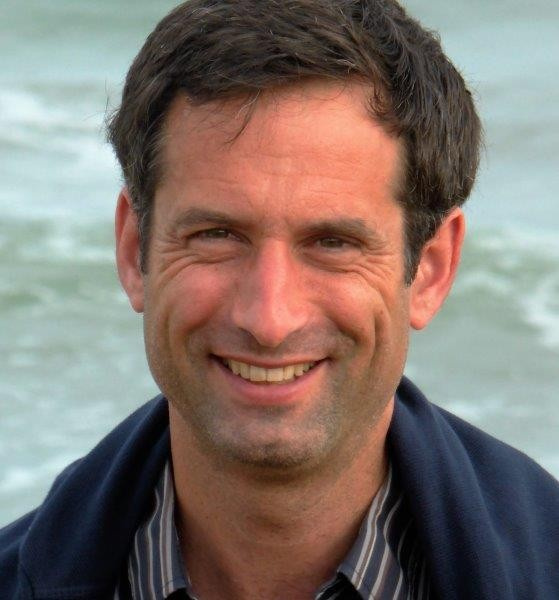 Dr. Stefan Chalupny