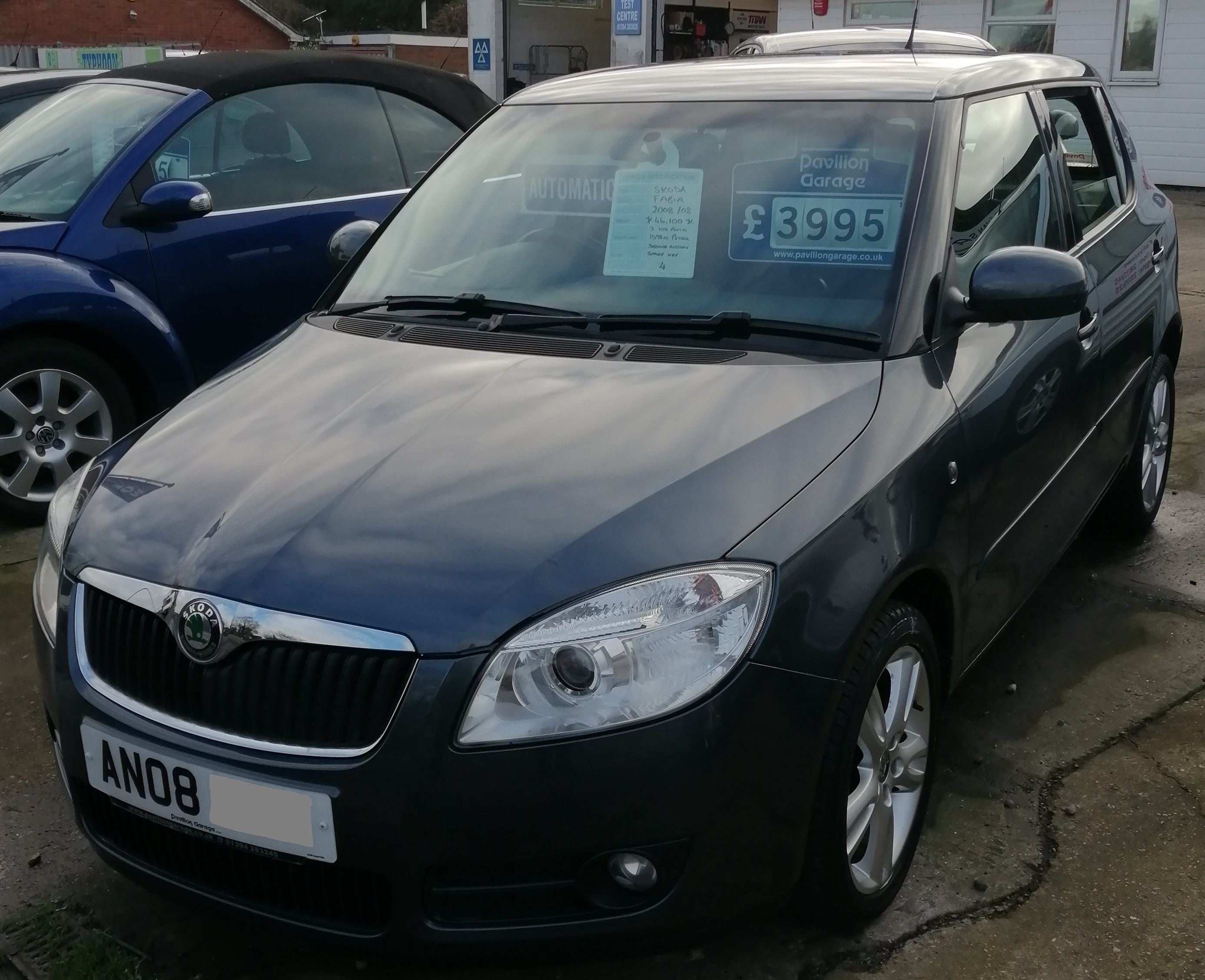 Skoda Fabia 3 105 Automatic 1598cc - Petrol 2008 / 08 *** ONLY 46,050 miles *** Service History Spare Key £260 per year Road Tax £3995