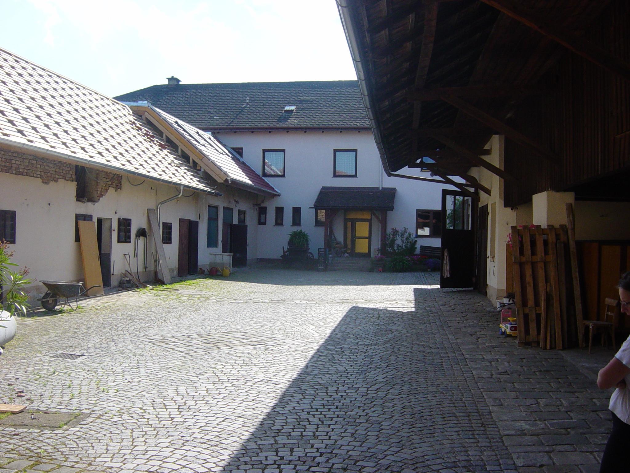 https://0501.nccdn.net/4_2/000/000/038/2d3/Haus_umbau-064-2048x1536.jpg